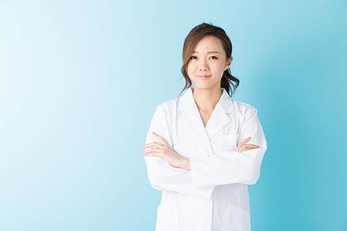 女性の発毛診察医